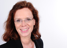 UCK-Expertin Stefanie Engel